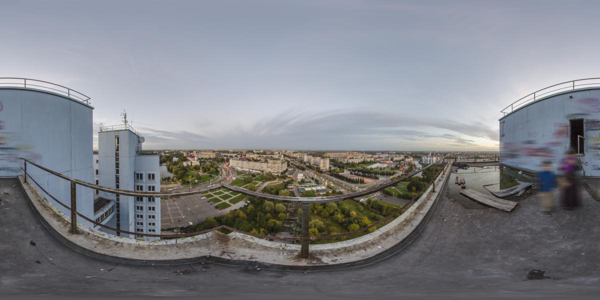 Дом советов - Крыша, вид на ул. Шевченко, Нижний пруд, Московский пр., Стадион