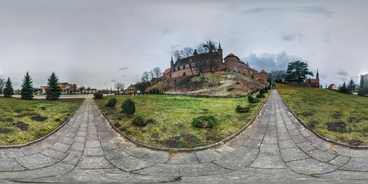 Замок Фромборк | Польша - У подножия крепости