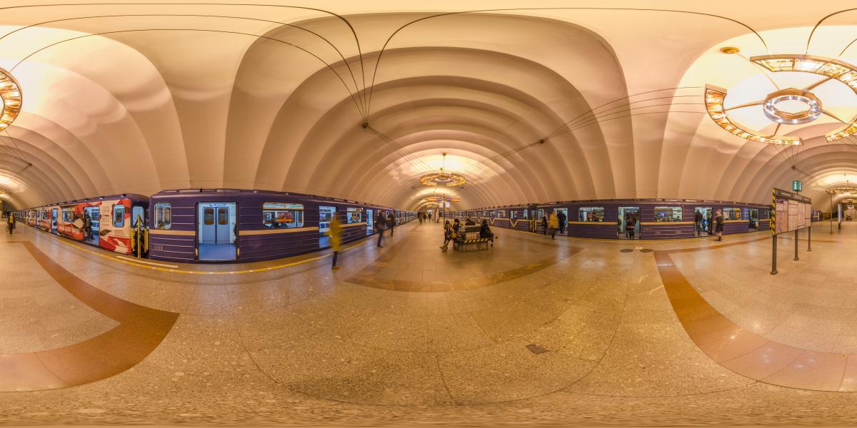 Новочеркасская, метро Санкт-Петербурга - Прибытие электричек