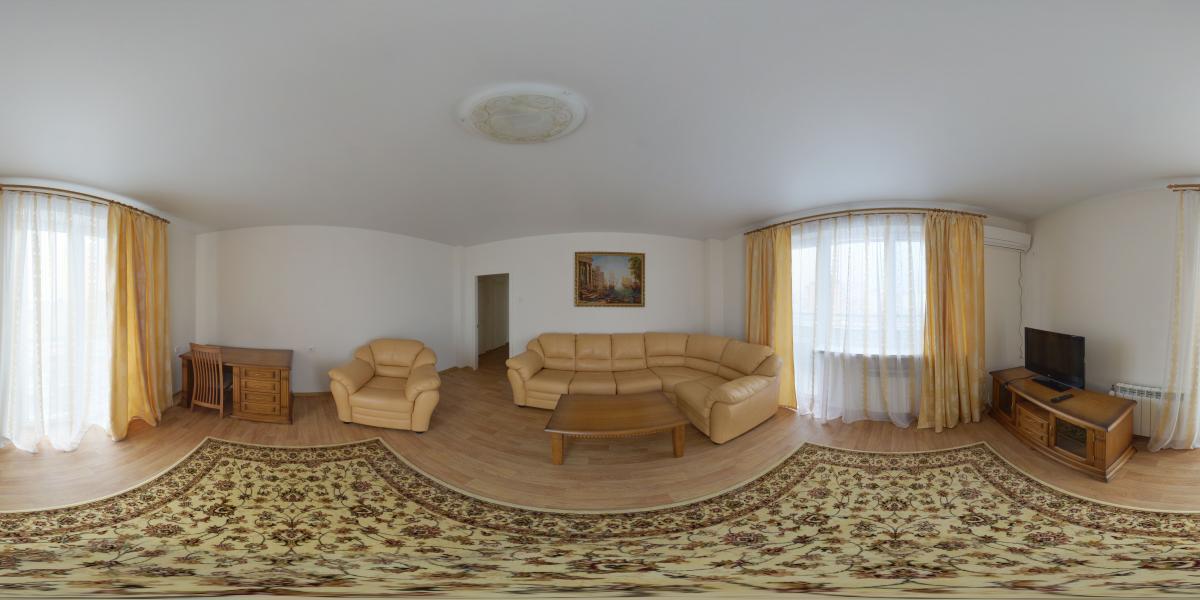 Двухкомнатная квартира в аренду - В центре комнаты