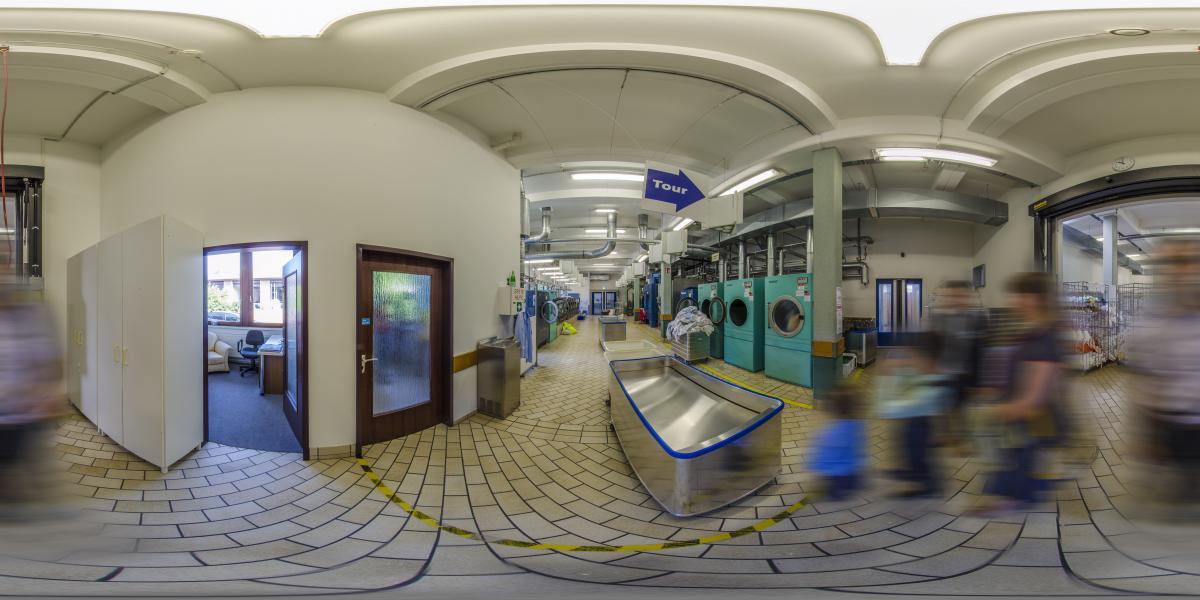 Jehovas Zeugen Zweigburo Zentraleuropa, Selters, Germany - Прачечная - большие стиральные машины для стирки 7 тонн белья в неделю