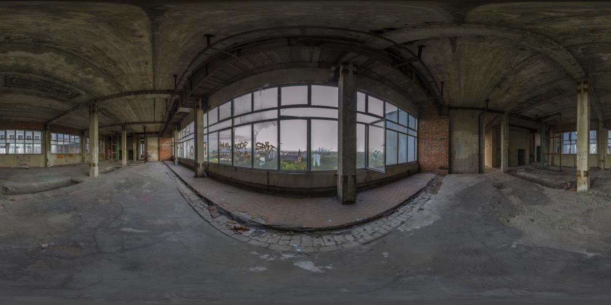 Дом советов - Вид на кафедральный собор