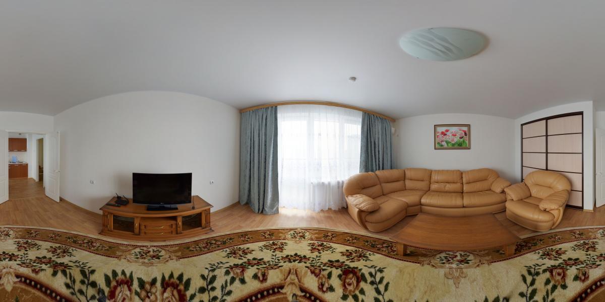 Трёхкомнатная квартира в аренду - Гостинная